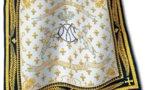 Hommage à la Duchesse de Berry avec le foulard Marie-Caroline