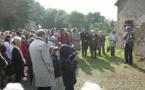Une croix à la mémoire des La Robrie, héros et victimes des Guerres de Vendée
