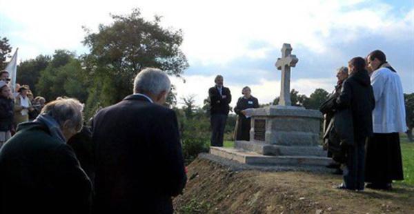 Un calvaire en mémoire de la famille de la Robrie - Corcoué-sur-Logne